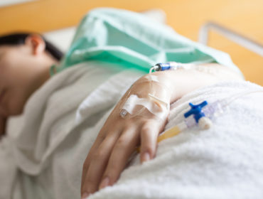 transfusion 370x280 - Infezioni da epatite B, epatite C e HIV trasmesse per via trasfusionale nel XXI secolo