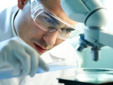 Ricerca emofilia 370x280 - Recenti innovazioni nella terapia sostitutiva e non-sostitutiva dell'emofilia