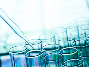 test laboratorio 370x280 - Concizumab, un antagonista del pathway di inibizione del TF, induce aumentata generazione di trombina nel plasma di pazienti emofilici ed in soggetti sani, come dimostrato dai test di generazione di trombina